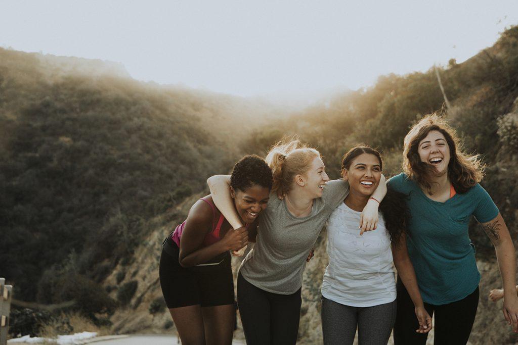Cómo elegir a los amigos adecuados para mí y no morir en el intento - PsicoÓptima